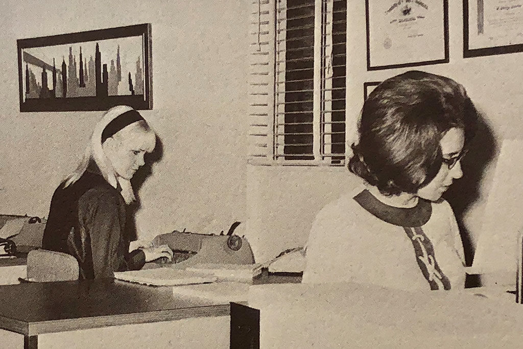 Historical photo of office workers